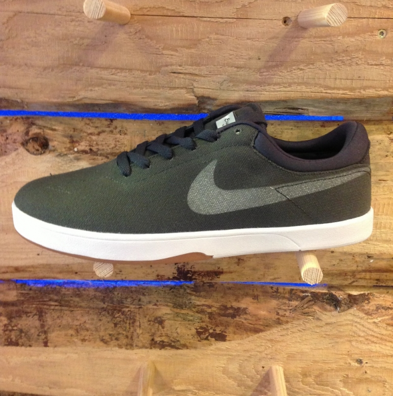 Nike Eric Koston SE Grey - Roxburry Store Stuttgart - Park and Powder - Stuttgart