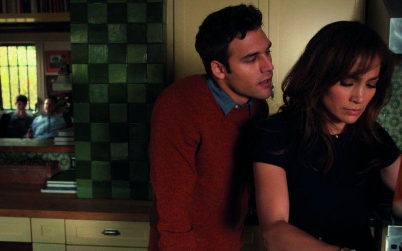 Jennifer Lopez in der Rolle als alleinerziehende Mutter und Ryan Guzman als aggressiver und obsessiver Stalker. - (c) 2015 Universal Pictures International