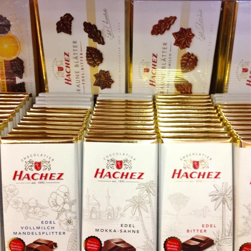 Schokolade von HACHEZ est.1890 CHOCOLATIER - K&M Confiserie<br>Kaffee ● Tee ● Wein - Fellbach