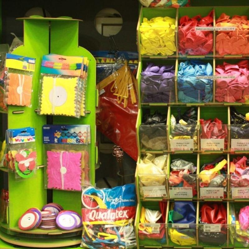 Give aways für Kindergeburtstage und Verlosungen  Kreisel Seifenblasen Flummis und vieles mehr - PAPPNASE & CO. - Stuttgart- Bild 4