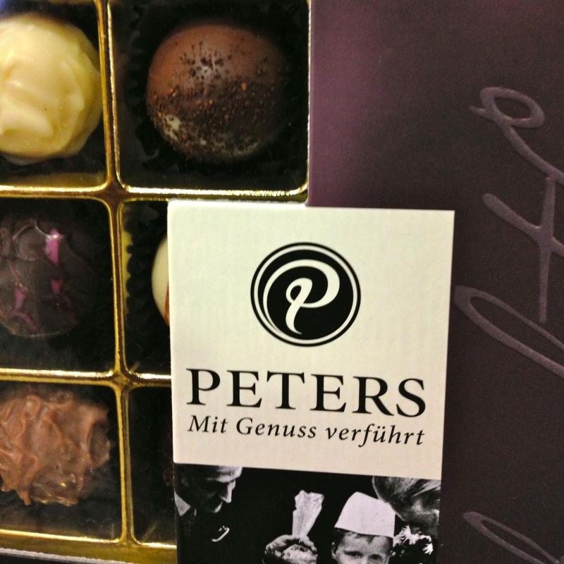 PETERS Pralinen - K&M Confiserie<br>Kaffee ● Tee ● Wein - Fellbach