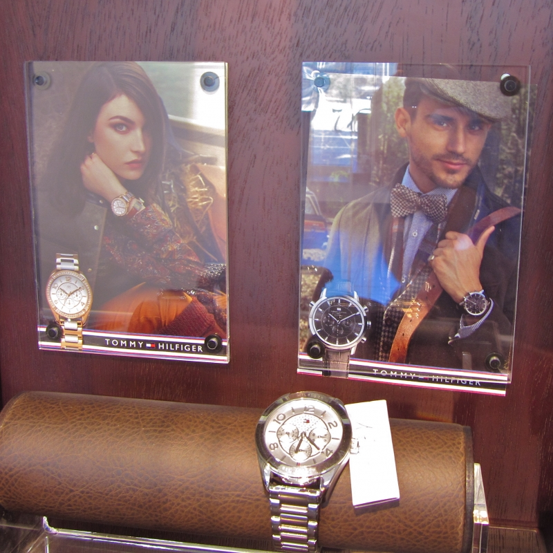 TOMMY HILFINGER Uhren - TIMELESS Uhren & Schmuck - Fellbach