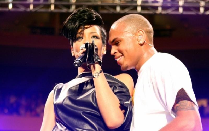 Rihanna und Chris Brown bei einem gemeinsamen Konzert im Dezember 2008 in New York - (c) Scott Gries / Getty Images