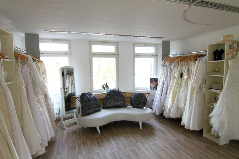 Foto 3 von estate Braut- und Designermode in Kirchheim unter Teck