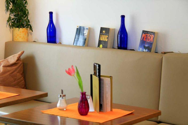 Foto 8 von Cafe Bar Exlibris in Gerlingen
