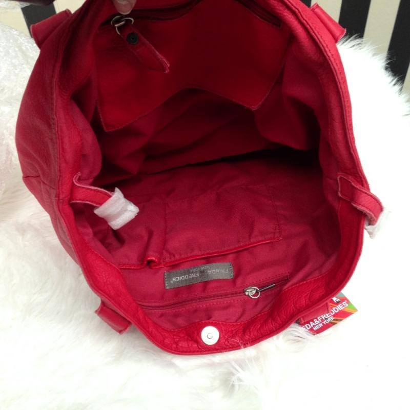 frieda freddies handtasche angebote cue392 lifestyle k ln m bel. Black Bedroom Furniture Sets. Home Design Ideas