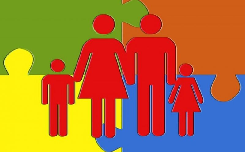 - (c) https://pixabay.com/de/puzzle-familie-vater-mutter-kinder-210786/