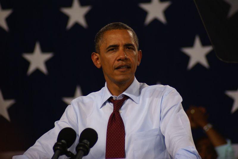 © Flickr / Marc Nozell / Barack Obama / https://www.flickr.com/photos/marcn/7811015178/in/photolist-cUeuFu-cUeH3Y-cUeuYJ-cUeQGS-cUeCKq-cUeKLJ-9x23mj-cUeL5o-cUeEH1-cUewyS-cUeKw3-cUeHqs-cUeNKL-cUevfL-4n69ys-527kdT-dMD9N5-bESjR4-cUeHMq-bX7fyB-5zyDKH-cUevVJ-akoPsx-cUeN2W-cUeAch-dgyZEn-5zsqBT-6bwU1P-cUeQZh-4Fk62e-dfNLt3-dfNLqb-7v8kud-cUeMHA-cUeQuq-cUeJt1-FqM6W-5T8xkx-chBBTG-cetADQ-dNBBNC-98Defz-dNBBGm-dNw1ZV-dNw2ig-dNBFts-bF7yes-dNBFG7-dm5g37-5pbPo1