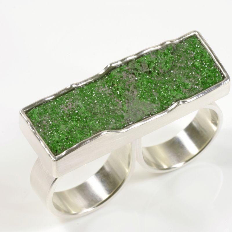 Zweifinger-Ring, 925- Silber, Uwarowith - TRIMETALL Schmuck - Design - Objekte - Köln