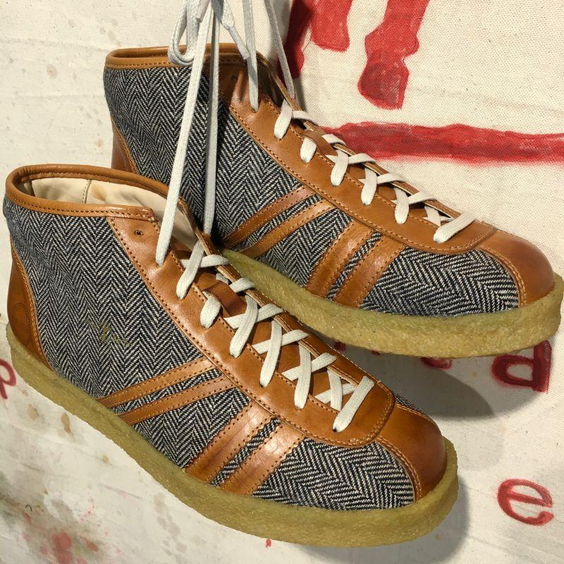 Zeha Berlin: Modell 835 Trainer, herringbone tweed/ leather cognac, 41  -46, EUR 239,- - Kentaurus Pferdelederjacken - Köln