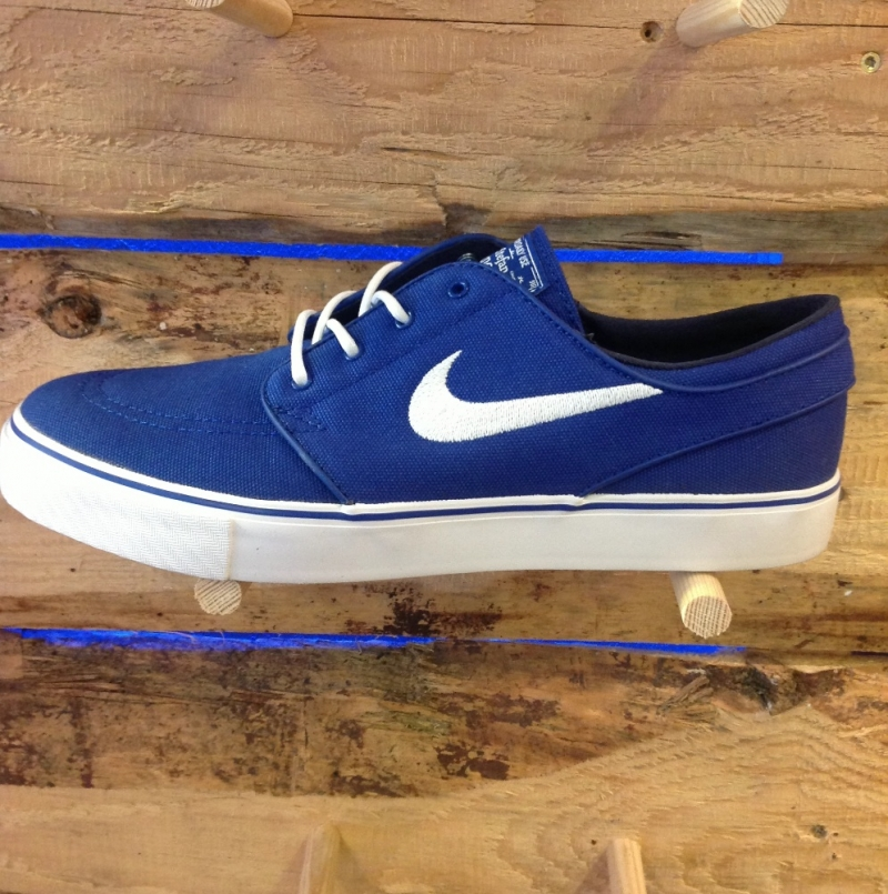 Nike SB Stefan Janoski Royal Bluei - Roxburry Store Stuttgart - Park and Powder - Stuttgart