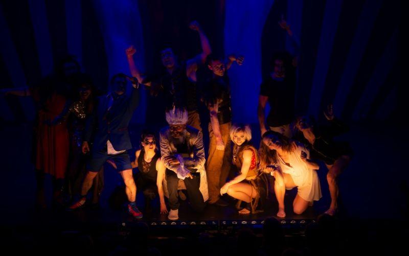 - (c) GOP / Variete Theater Bonn / Freaks