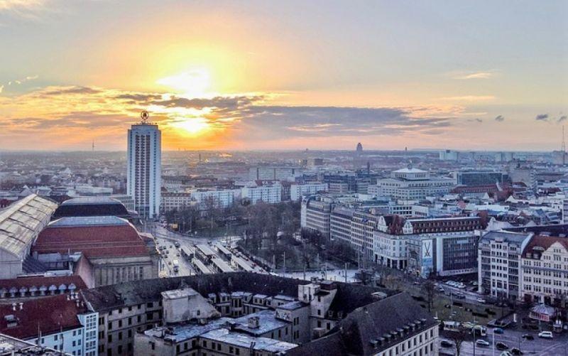 - (c) https://pixabay.com/de/leipzig-stadt-deutschland-2218521/