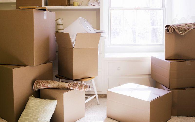 - (c) Nicolas Huk /TE-BLOG_-Moving-day-boxes /https://www.flickr.com/photos/128359034@N07/17233058042/