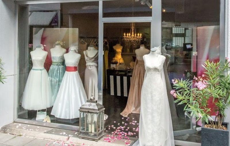 Foto 14 von VANNILLA Braut- und Abendgarderobe in Köln