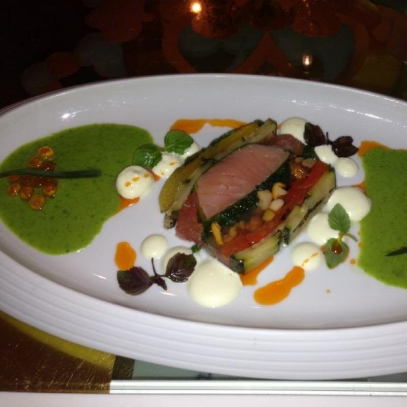 Unsere Speisekarte für den Sommer ist da! Mit dem Zaubermenü in 5, 6 oder 7 Gängen, einem vegetarischen Menü und einer regionalen Empfehlung - natürlich können alle Speisen auch einzeln bestellt werden! - Restaurant Der Zauberlehrling - Stuttgart
