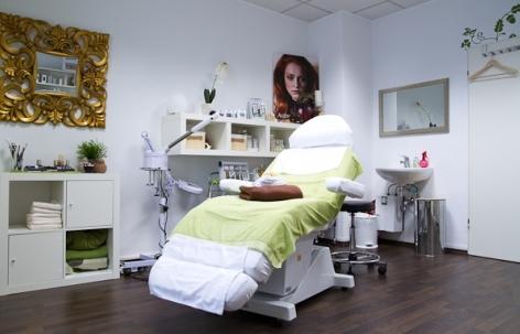 Foto 3 von DIEKMANN FACE ART<br>Make-Up & Hairstyling in Ludwigsburg