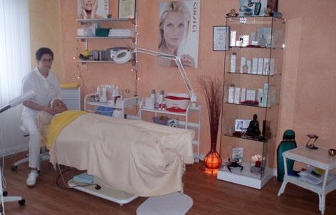 friseursalons in berlin rachael edwards. Black Bedroom Furniture Sets. Home Design Ideas