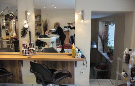 Foto 2 von Hair Collection in Berlin