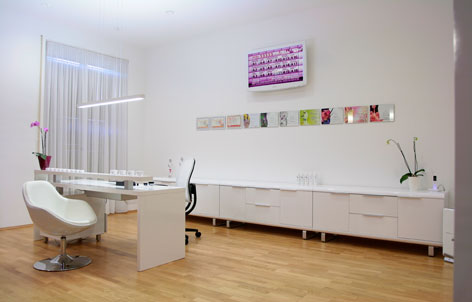 Foto 2 von Kaiserin Professional Nails in Berlin