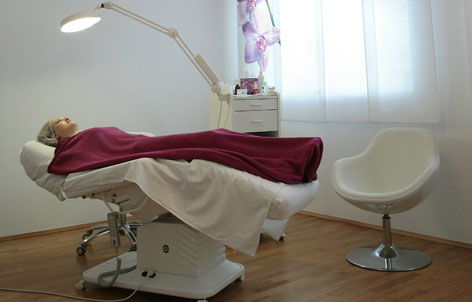 Foto 3 von Kaiserin Professional Nails in Berlin