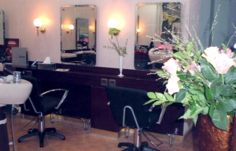 Photo von Coiffeur Hair line & Kosmetikstudio in Berlin