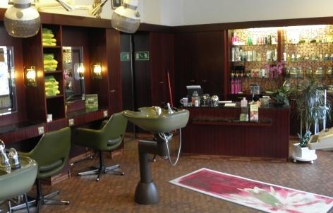 Foto 3 von Haarstudio Mit-Schnitt in Berlin