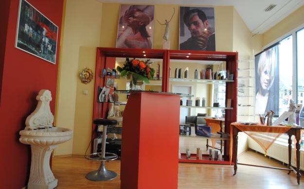 Foto 4 von HAARMOONIE Gefühl für Ihr Haar in Köln