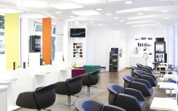 Perfect color world stuttgart west friseure haarstudios for Who is perfect stuttgart