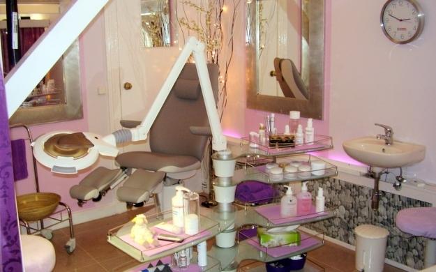 Foto 6 von Kosmetik - Friseurstudio in Berlin