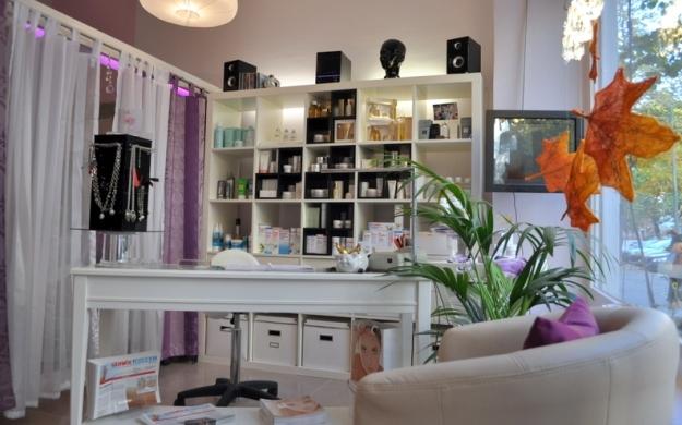 Foto 3 von Kosmetik - Friseurstudio in Berlin