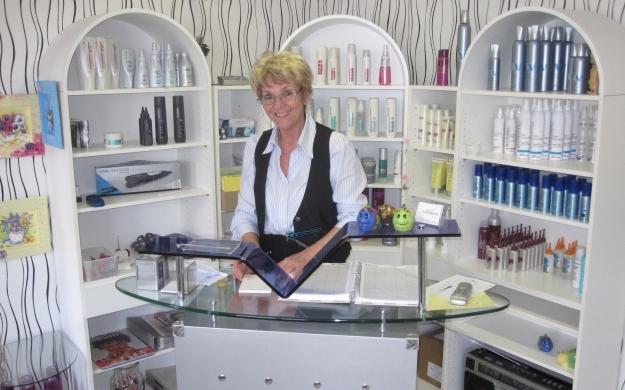 Foto 3 von Haarmoden Tschampel in Köln