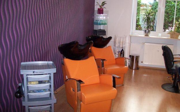 Foto 2 von Hairline - Ihr Friseur in Berlin