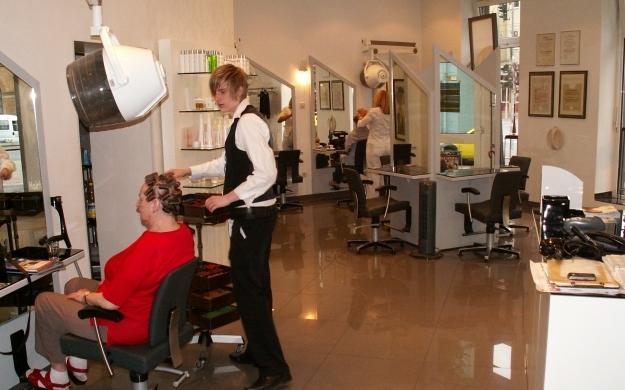 Foto 6 von hairfashion vb in Düsseldorf