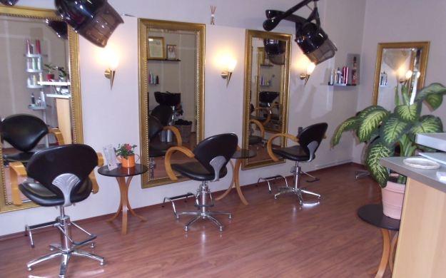 cs haarstudio berlin steglitz zehlendorf friseure haarstudios wimpern haarverl ngerung. Black Bedroom Furniture Sets. Home Design Ideas