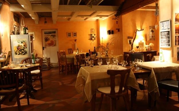 Foto 3 von VINO & VITA<br> Wein-, Feinkosthandlung und Restaurant in Berlin