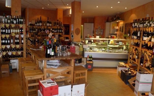 Foto 2 von VINO & VITA<br> Wein-, Feinkosthandlung und Restaurant in Berlin