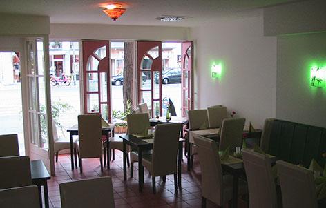 Foto 3 von Thuday Restaurant in Düsseldorf