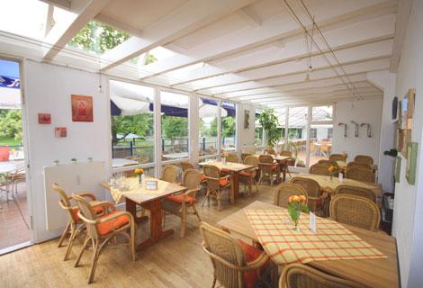 Foto 6 von Restaurant Freie Schwimmer in Düsseldorf