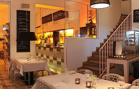 restaurant neu berlin mitte bars lounges. Black Bedroom Furniture Sets. Home Design Ideas