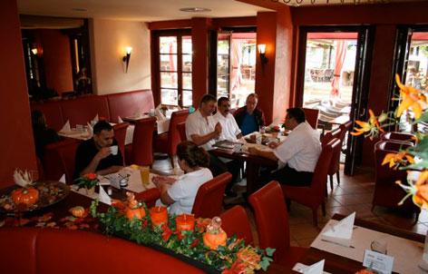 Foto 1 von Restaurant Slavia Am Rhein in Köln