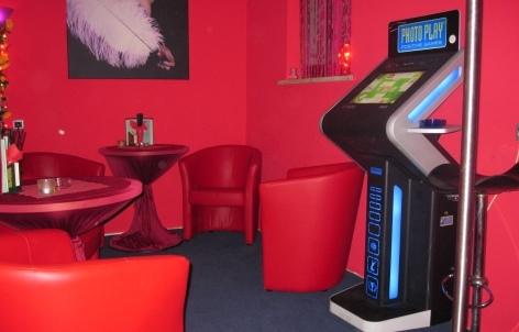 erotik vip club berlin spandau bars lounges. Black Bedroom Furniture Sets. Home Design Ideas