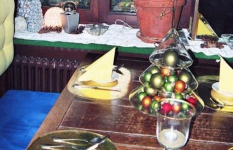 pozo quirino spanisches restaurant neuss zentrum spanisch. Black Bedroom Furniture Sets. Home Design Ideas