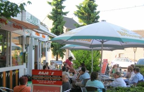 Foto 2 von RAJA'S Pizza-Pasta-Eiscafé in Kaarst
