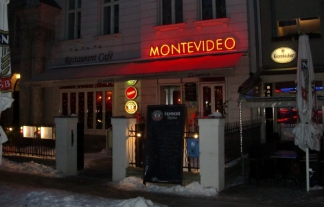 restaurant montevideo berlin tempelhof sch neberg bars lounges biergarten. Black Bedroom Furniture Sets. Home Design Ideas