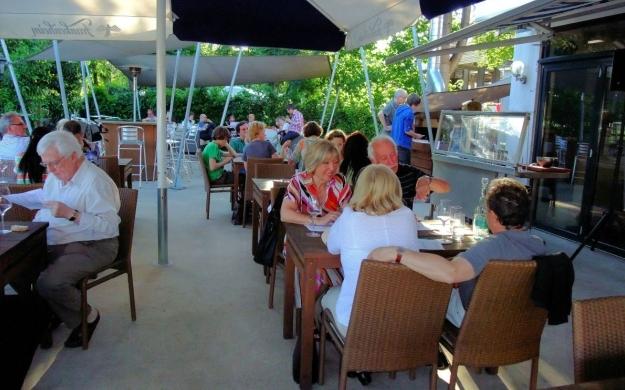 Foto 8 von Winelive Weinhandel / Bistro / Weinbar in Meerbusch