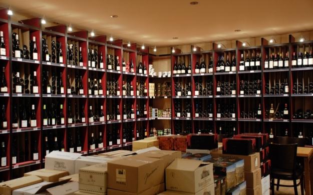 Foto 2 von Winelive Weinhandel / Bistro / Weinbar in Meerbusch