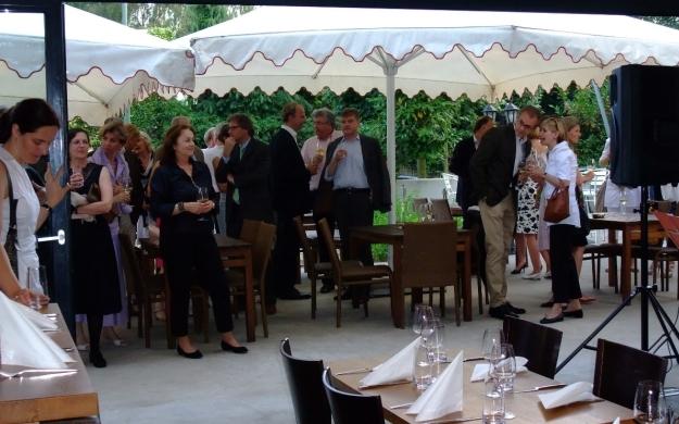 Foto 4 von Winelive Weinhandel / Bistro / Weinbar in Meerbusch