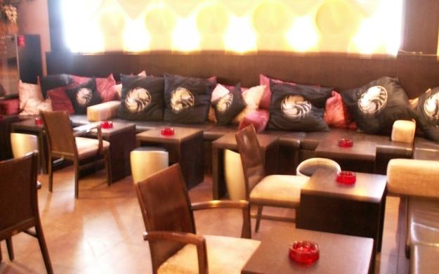 Foto 9 von Cafe Bar Restaurant Metropol in Düsseldorf