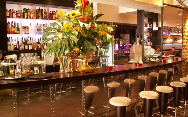 Foto 1 von Cafe Bar Restaurant Metropol in Düsseldorf